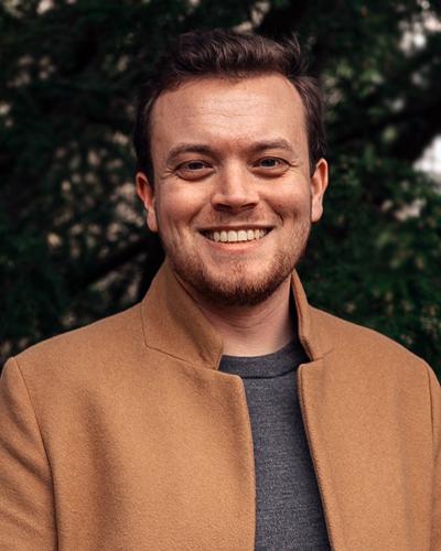 Oliver Hancke , Kursusfabrikken
